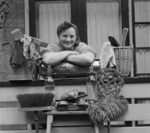 Huisvrouw anno 1952. (J.D. Noske, Nationaal Archief, Anefo, CC0)